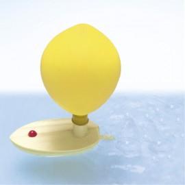 GOKI koka laiva ar piepūšamu balonu