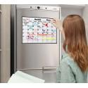 Magnētiskā ledusskapja tāfele ģimenes mēneša aktivitāšu plānošanai kalendāra veidā